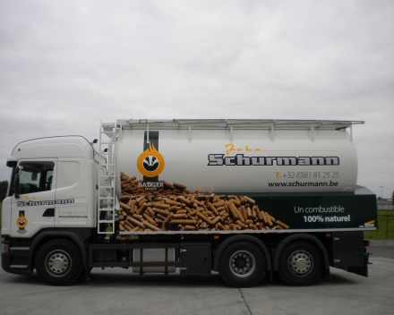 wood chips truck