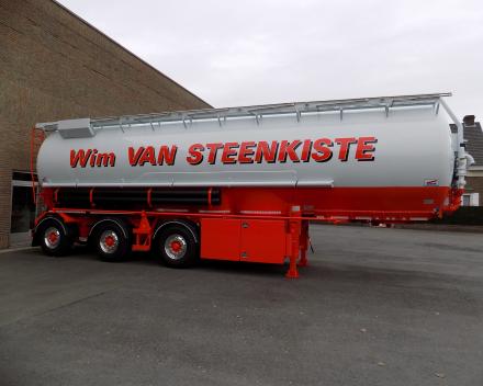 feed tanker